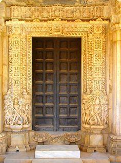 India  , Door