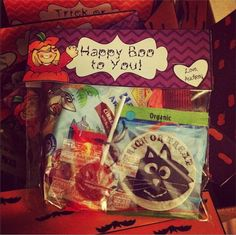 Freebie Halloween Treat Bag Toppers!!!  (from Teaching With Style)
