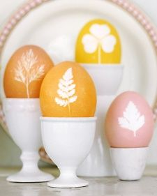 Adorn Easter eggs with the delicate shapes of greenery and herbs to announce the arrival of spring.