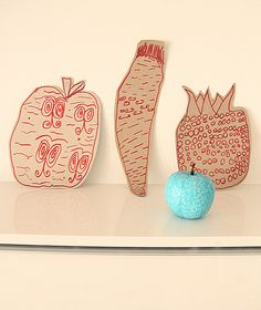 Kids Art Activity:  Doodle and zentangle drawings on cardboard cutouts