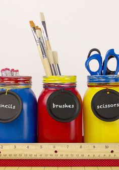 DIY Teacher'€™s Mason Jars | Creative crafts for the classroom for back to school season
