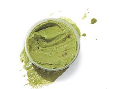 17 Snacks That Power Up Weight Loss: Mashed Avacado avocado snack, healthy snacks, weight loss, diets, breads, 17 snack, fiber, dips, hot sauces