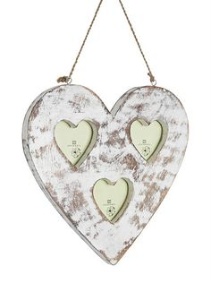 Whilst doing that #springclean at home have you discovered a pile of photos that you need to organise, now's the time to do it. Frame your loved ones in a beautiful shabby chic heart #frame to treasure and remember those happy memories.