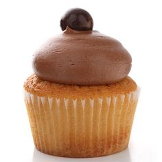 That chocolate frosting looks really silky.