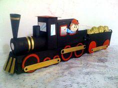 tren con tubos de papel higienico o cajitas