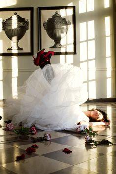 Queen of Hearts #valentinesday #weddings #blackandwhite #red #prettypicture lovetoastblog.com...