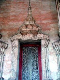 Puertas del mundo / Laos