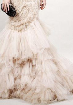 Cascading Tulle / We