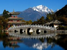 by CW Ye on Flickr.  Heilong Tan Park in Lijiang, China.