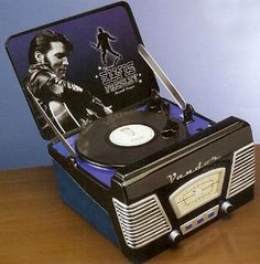 Elvis turnatable cookie jar ~ how cool is this?!