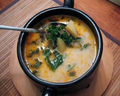 This is our families favorite soup recipe from Olive Garden and it has Kale...love it! #AndersonEatsKale