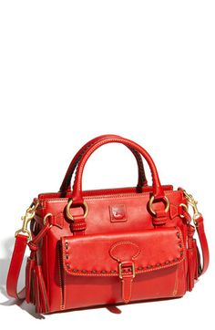 I <3 Dooney & Bourke fan and this one is BEAUTIFUL!