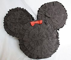 DIY Minnie Mouse Pinata {Mickey Mouse Clubhouse}