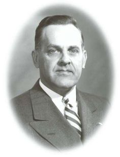 Carl Fetzer, one of The Kirby Company's founding fathers, joined forces with entrepreneur George H. Scott in 1914 to form the Scott and Fetzer Machine Company producing automotive parts. The precision of their tools and dies prompted Jim Kirby to turn to them to produce his vacuum cleaner.