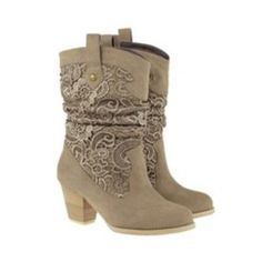 Lace Boots... So so so cute
