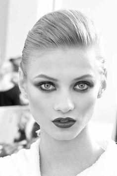 Model:  Anna Selezneva
