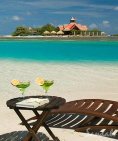Private offshore island at Montego Bay, Jamaica... I loooove Sandals Royal Caribbean! So romantic!