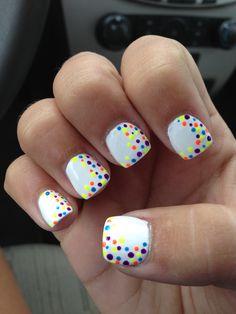 cute multi-colored nails!:D