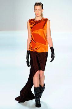 Asymmetry at Narciso Rodriguez
