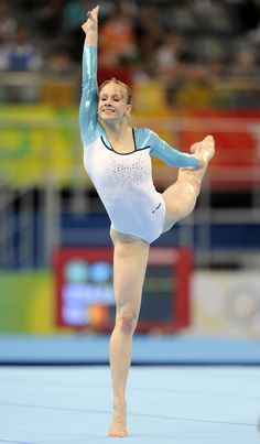 Sandra Izbaşa (izbasa) Romanian, international elite gymnast from Romania on floor exercise during competition, women's gymnastics, WAG, grace, beauty, lines, form #KyFun p.0.1 women floor, olymp gymnast, floors, women gymnast, 2008 olymp, romania, sandra, women olymp, olymp champion