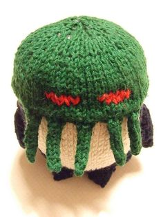 Cthulhu Penguin - you could knit this quick ... for the weirdo on your list. I can say that because I am a weirdo and I would LOVE this: http://knithacker.com/?p=9303 #penguin #cthulhu #knithacker