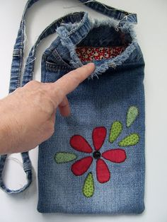 Recycled Denim Bag using the leg