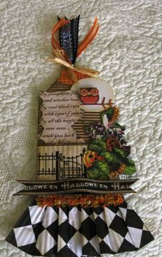 Halloween Tag by Marzipan - Cards and Paper Crafts at Splitcoaststampers