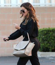 Laat Khloe Kardashian Haar Bibs Groeien?