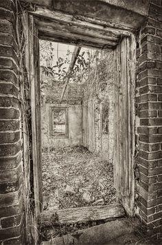 Entrance to Fort Motte Jail Office