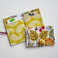 How to Sew a Credit Card Wallet, Business, or Gift Card holder Craft, Business Card Holders, Business Cards, Gift Ideas, Credit Cards, Green Life, Gift Cards, Wallet, Gift Card Holders
