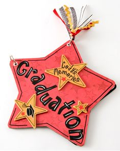 It's a special time of year for several young people out there. It's graduation time! If you have a loved one graduating this month here is a way you can help them preserve their memories of this historic day. Create this graduation memories book.