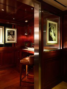 Recalling British gentlemen's clubs and the art-deco sensibility of the Ralph Lauren London 1 New Bond Street store, the interior of our new Hong Kong store evokes a masculine ambiance created with mahogany millwork, stained ebonized and French polished, and leather and limestone accents