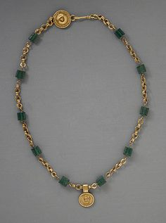 Gold Necklace with Medallion Depicting a Goddess, Roman Period (30 BCE - 300 CE); Metalwork; Gold, green glass, Egypt roman period, gold necklac, ancient roman necklace, goddess