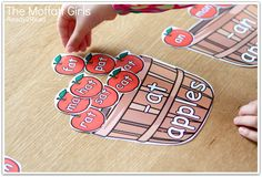 -at and -an family apple word sort and TONS of other FUN ways to learn how to READ!