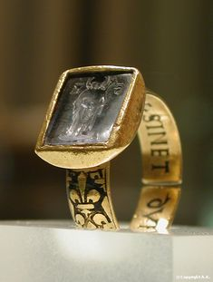 Signet ring of St. Louis, 14th century