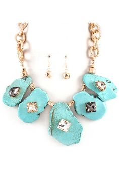 love the turquoise!!