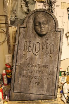 previous pinner says: Here is my latest. I finished this one in about 3 hours. I decided last minute to make another for this year since I've been so busy with other stuff. It's a nod to Terra's Beloved, but with my own little twist on the epitaph.