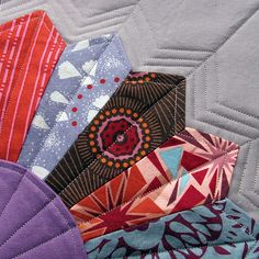 Dresden Quilting - another interesting quilting idea - gives a completely different look to the Dresden piecing