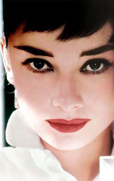 #Audrey #Hepburn #Eyebrow #Eyes #Makeup #Hair #Bbloggers #Thick #Ideas #Inspiration