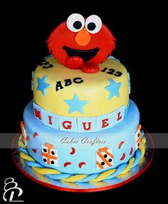 Elmo Cake  by Cakes Crafters, via Flickr