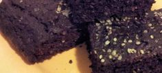 Ketogenic Recipes: Keto-Friendly Chocolate Cake with Almond Flour and Flaxseed