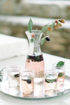 Blackberry vodka spritzers