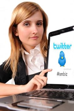 6 Reasons Why Every Small Business Should Be on Twitter [TIPS]