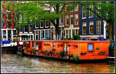 Amsterdam House Boat. Best place to stay in Amsterdam on a canal.