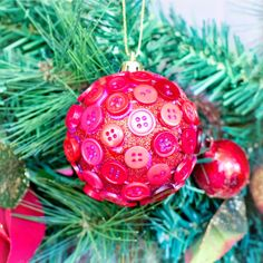 DIY Button Christmas Bauble via Hopeful Honey