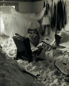 The Great Blizzard of January 1977 in the Buffalo, New York region had hurricane force winds that blew out windows. This allowed indoor snow accumulations to reach as high as 70 inches! Read more when you click on the photo. It is worth your time!