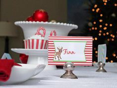 Free printables! Reindeer place cards