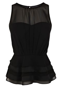 Issy statement top - love the shape!
