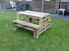 Pallets picnic table