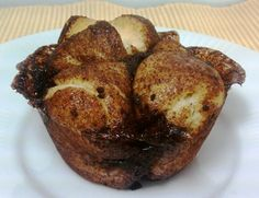 Emily Bites - Weight Watchers Friendly Recipes: Monkey Bread Muffins...these are phenomenal and would be a great alternative to cinnamon rolls or coffee cake with your morning coffee :)